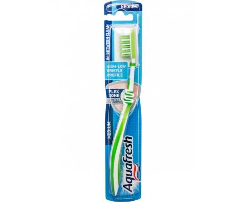 Четка за зъби Аквафреш Почистване между зъбите
